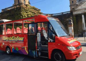אוטובוס תיירים בזאגרב